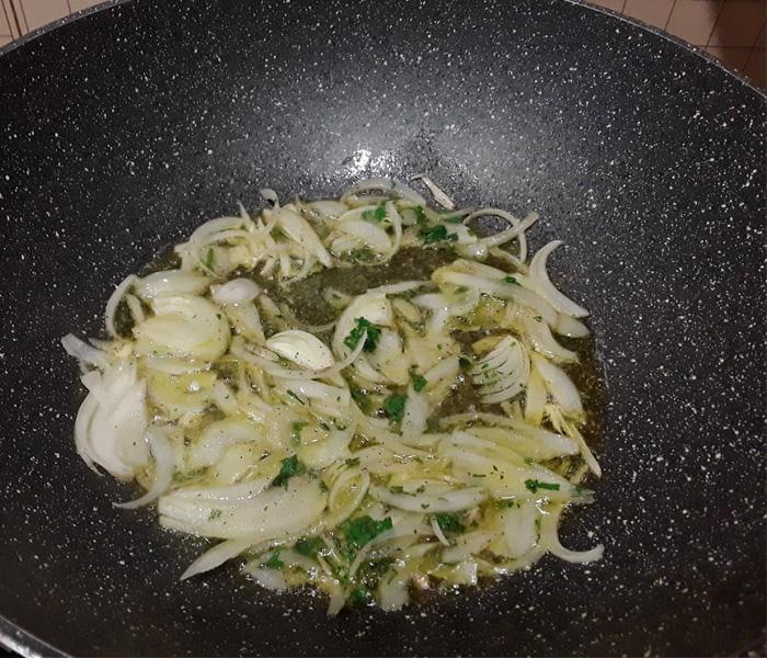 Abbaye de-St. Martin Blonde spaghetti cozze trito