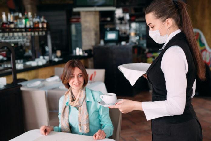 mascherina coronavirus ristorante